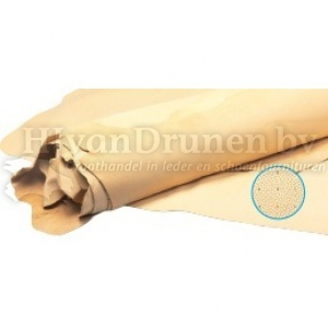 Kalfsvoering Q glad, geperforeerd en aangeperforeerd - 50 donker beige